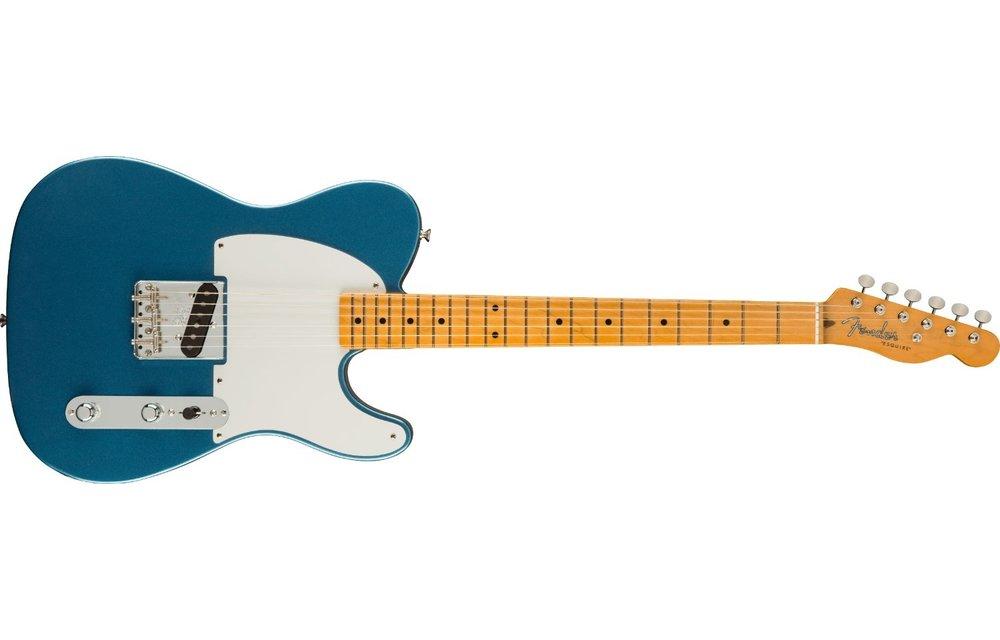Fender 70th Anniversary Esquire, Maple Fingerboard, Lake Placid Blue