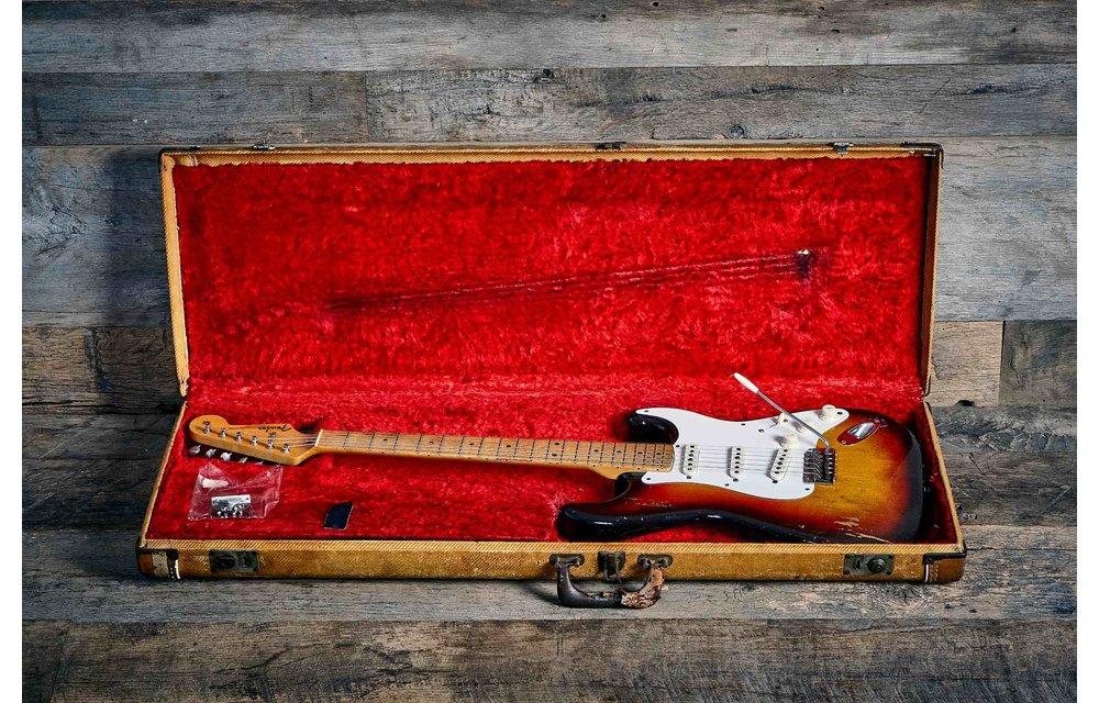 Fender Stratocaster 1958 3-Tone Sunburst