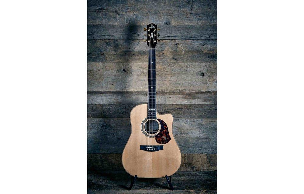 "Maton ""Messiah"" EM100C Electric Acoustic Guitar - Used/As New"