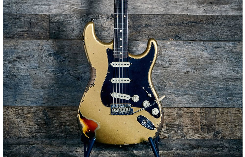 Fender Custom Shop Limited Edition Dual-Mag II Strat, Heavy Relic, Aged Aztec Gold over 3-Color Sunburst
