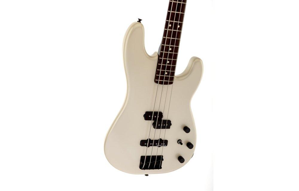 Fender Duff McKagan Precision Bass, Rosewood Fingerboard, Pearl White