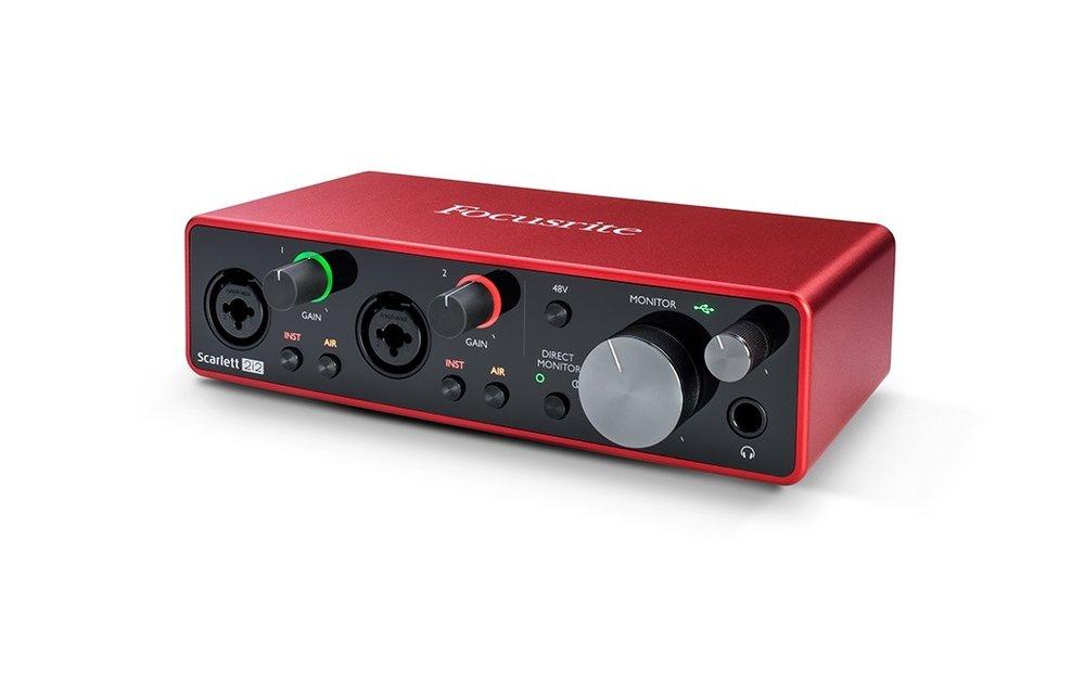 Focusrite Scarlett 2i2 (Gen 3) 2-In / 2-Out USB Audio Interface