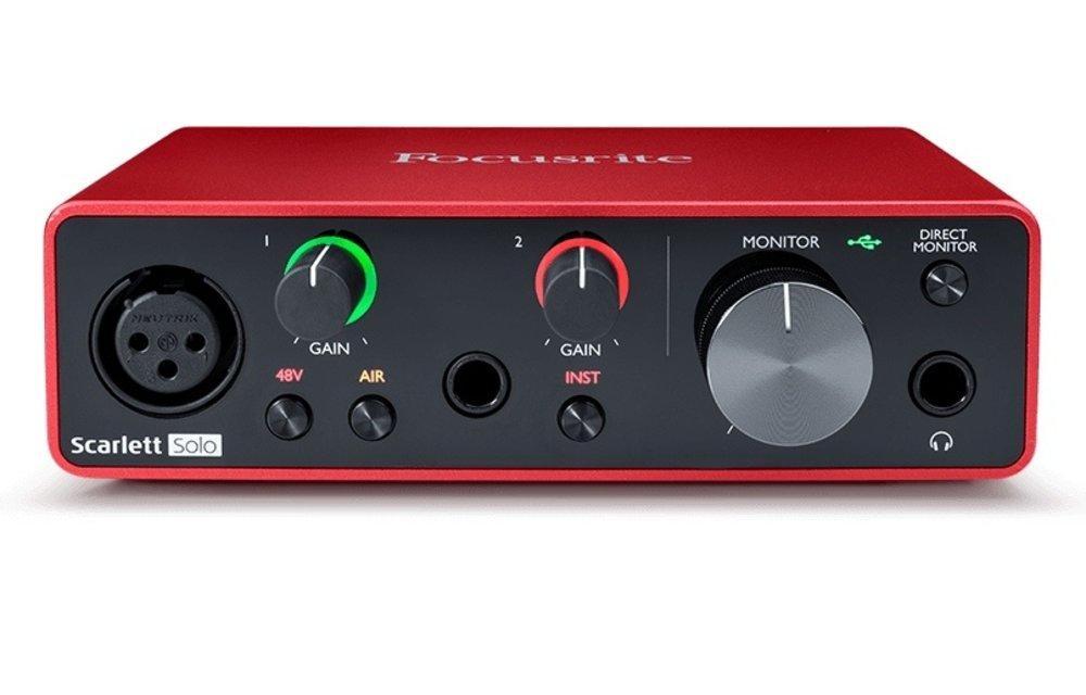 Focusrite Scarlett Solo (Gen 3) Studio Pack w/Microphone & Headphones