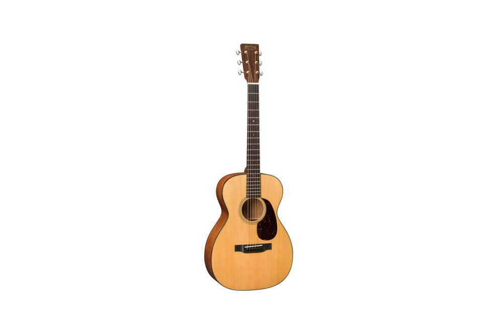 Martin 0-18: Standard Series 0 Acoustic Guitar