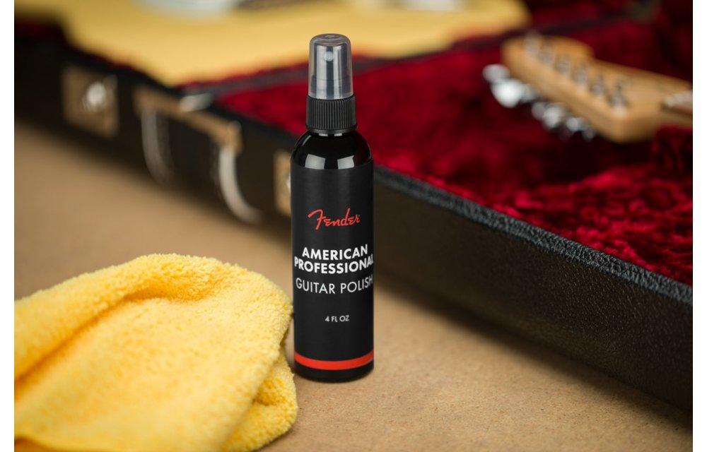 Fender Polish and Cloth Care Kit
