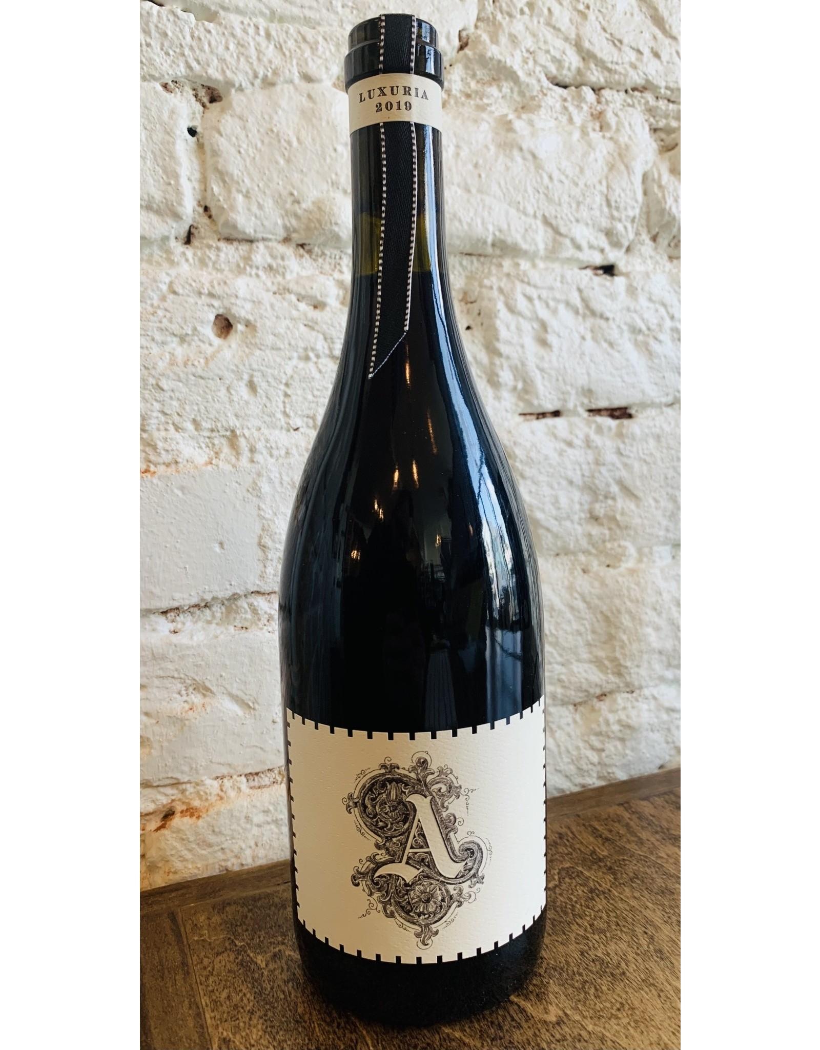 Antiquum Farm Antiquum Farm Luxuria Pinot Noir, Willamette Valley 2019