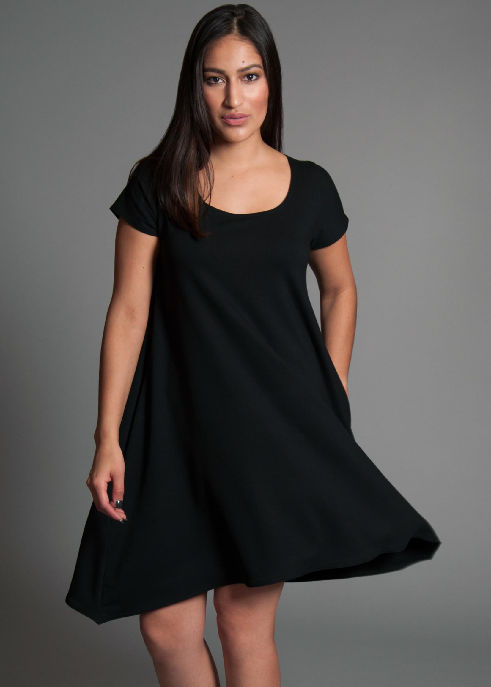 SARAH KUENYEFU VIVI DRESS -CAP SLEEVES