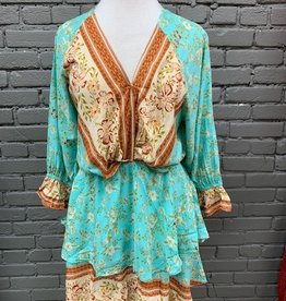 Dress Molly V-neck Floral Layered Dress