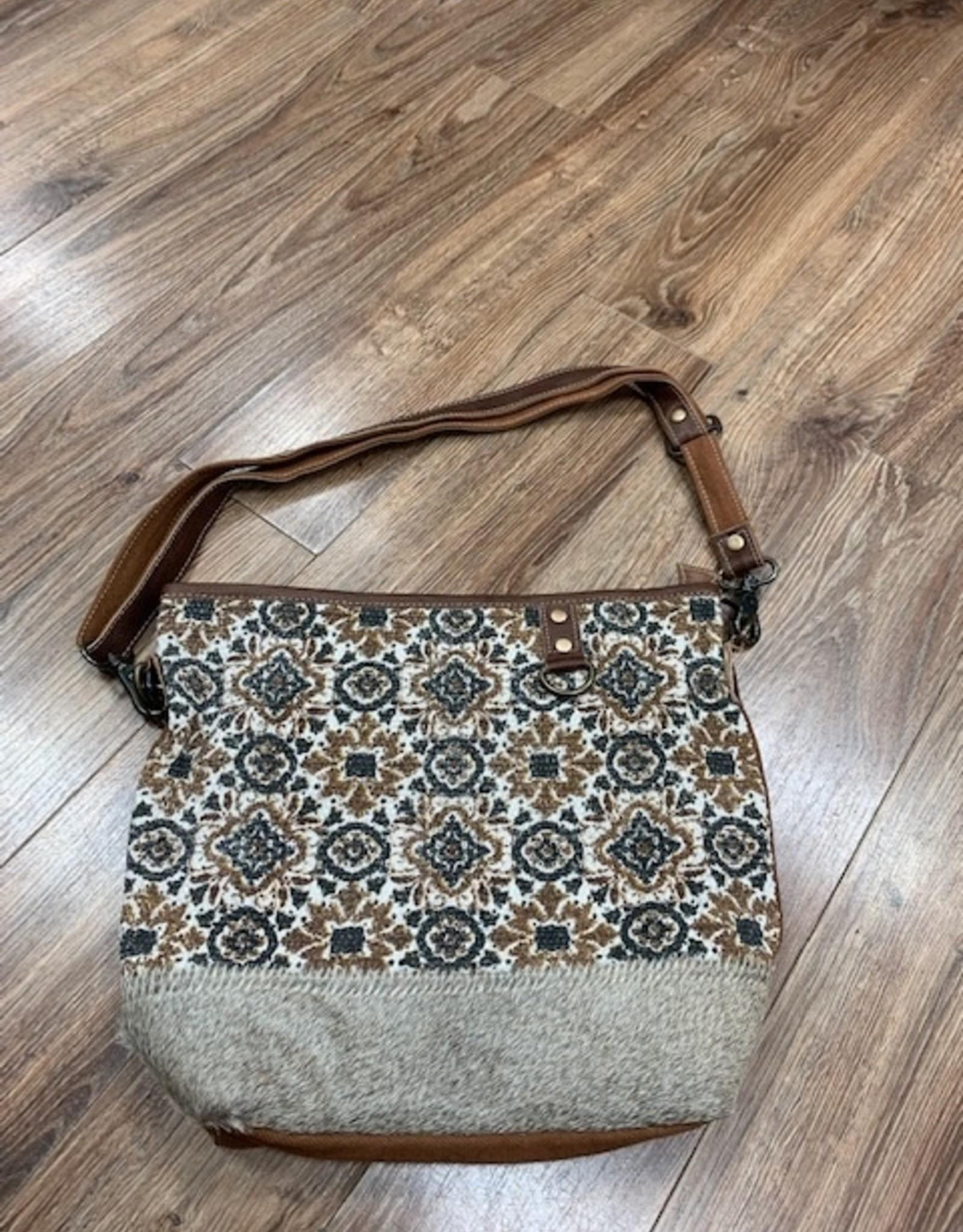 Bag Shades of Tan Shoulder Bag