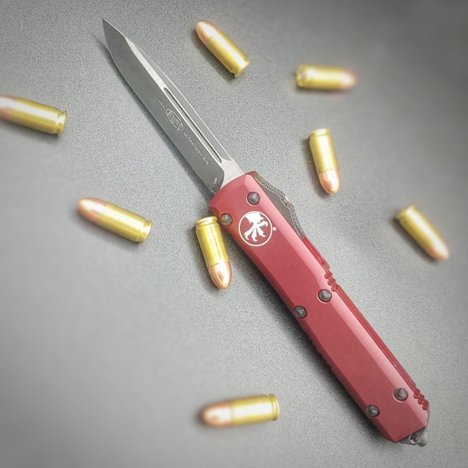 Sold Out - Microtech ULTRATECH,  Merlot Red Frame, Blade - Single edge, black standard