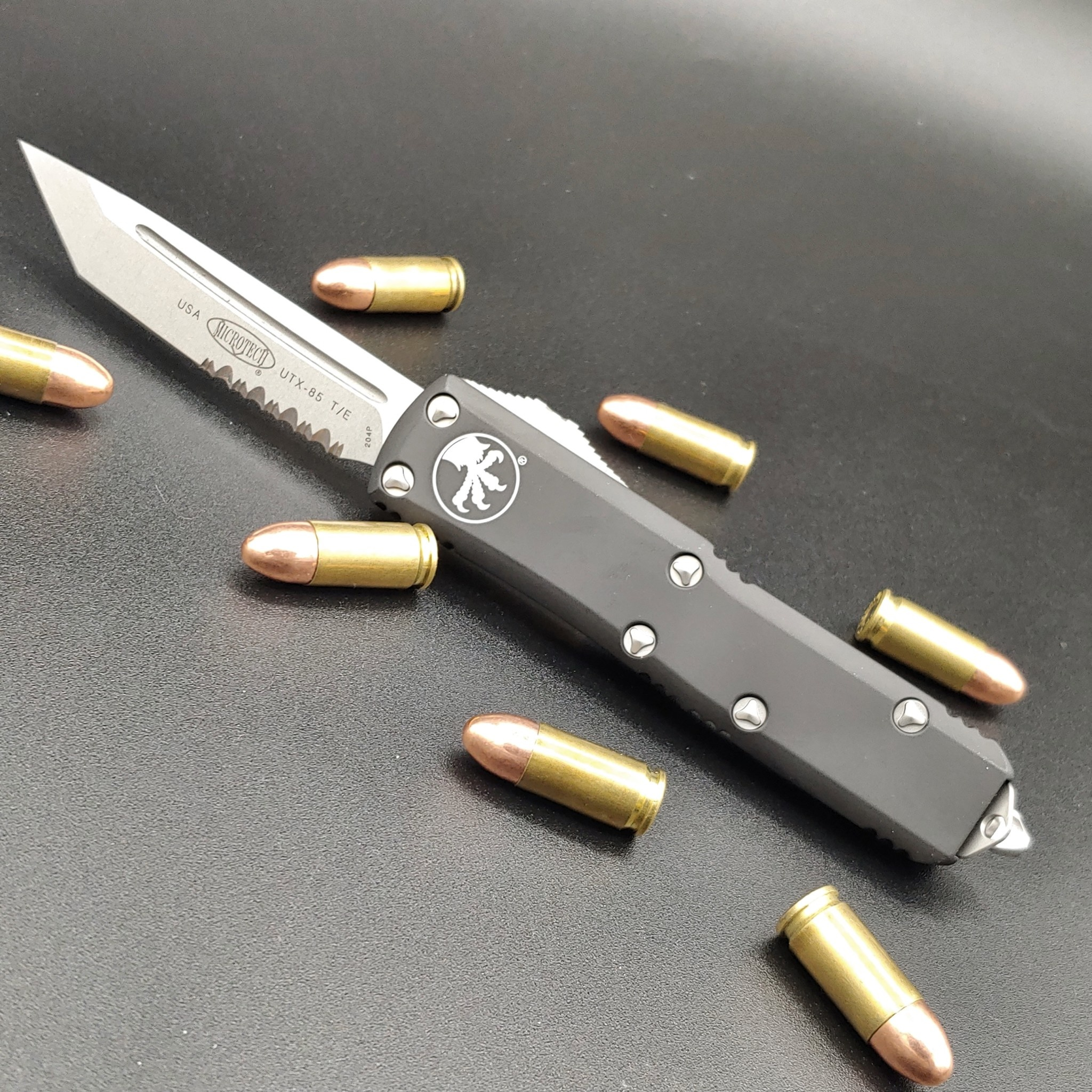 Sold Out - Microtech UTX-85, blade - tanto edge partial serrated stonewashed