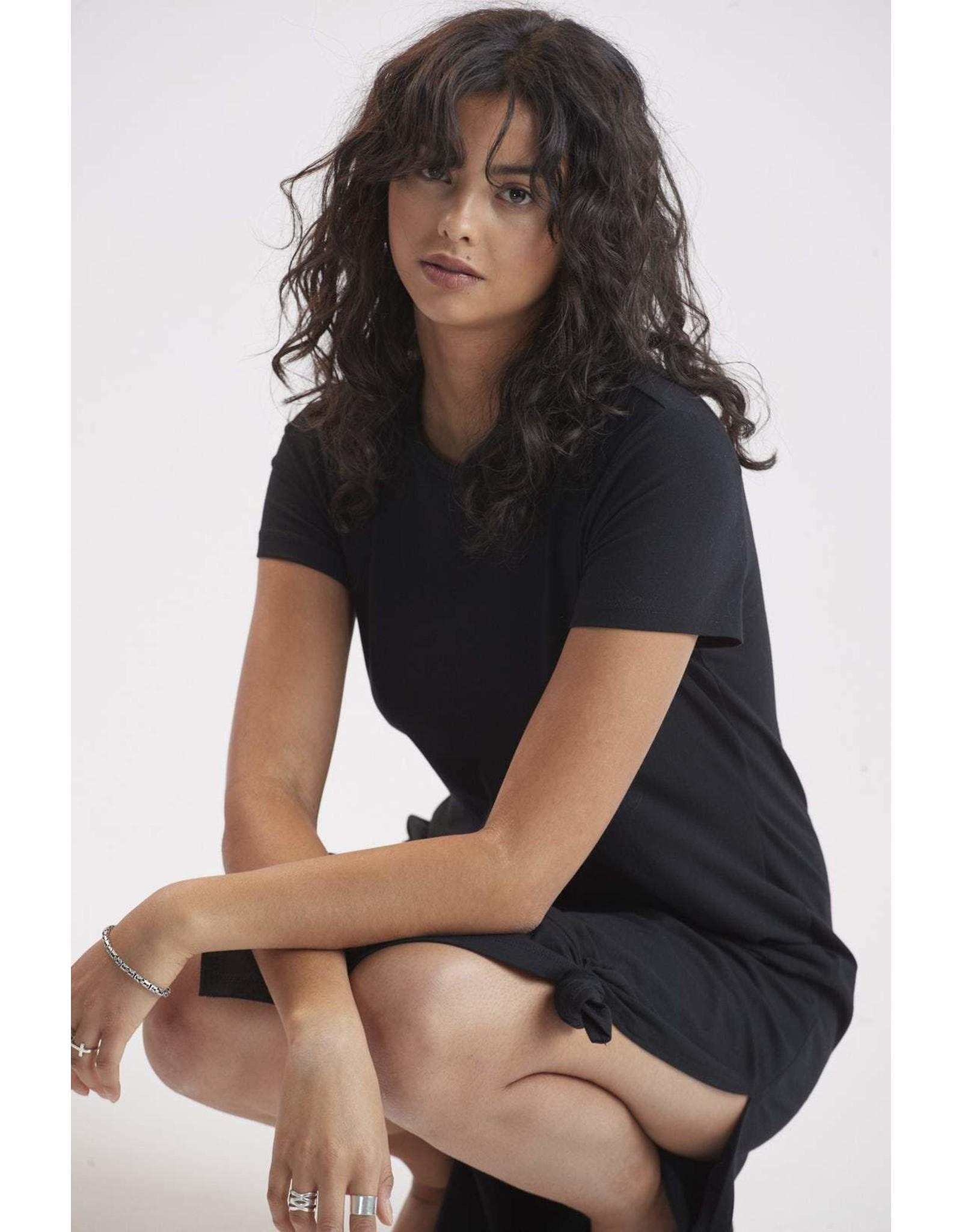 Mélissa Nepton Yanni