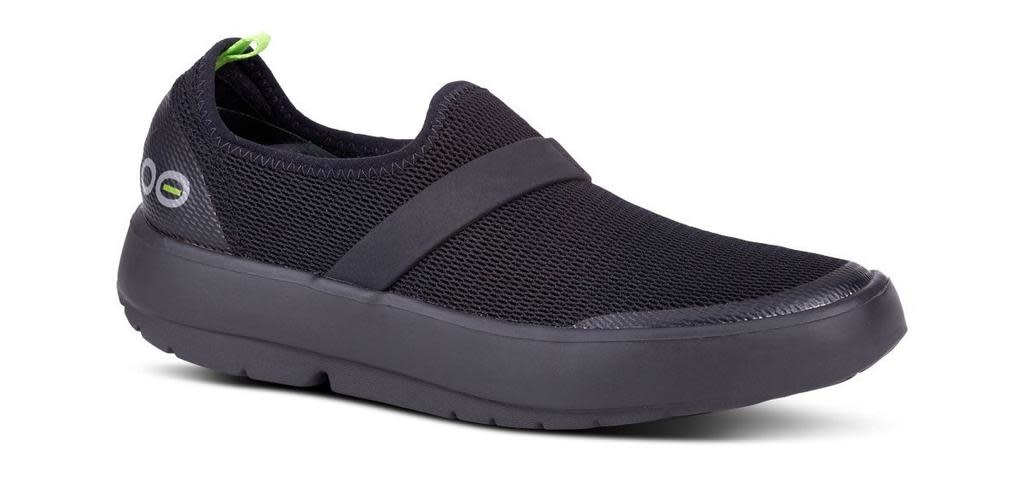 Oofos Womens OOmg Low Shoe