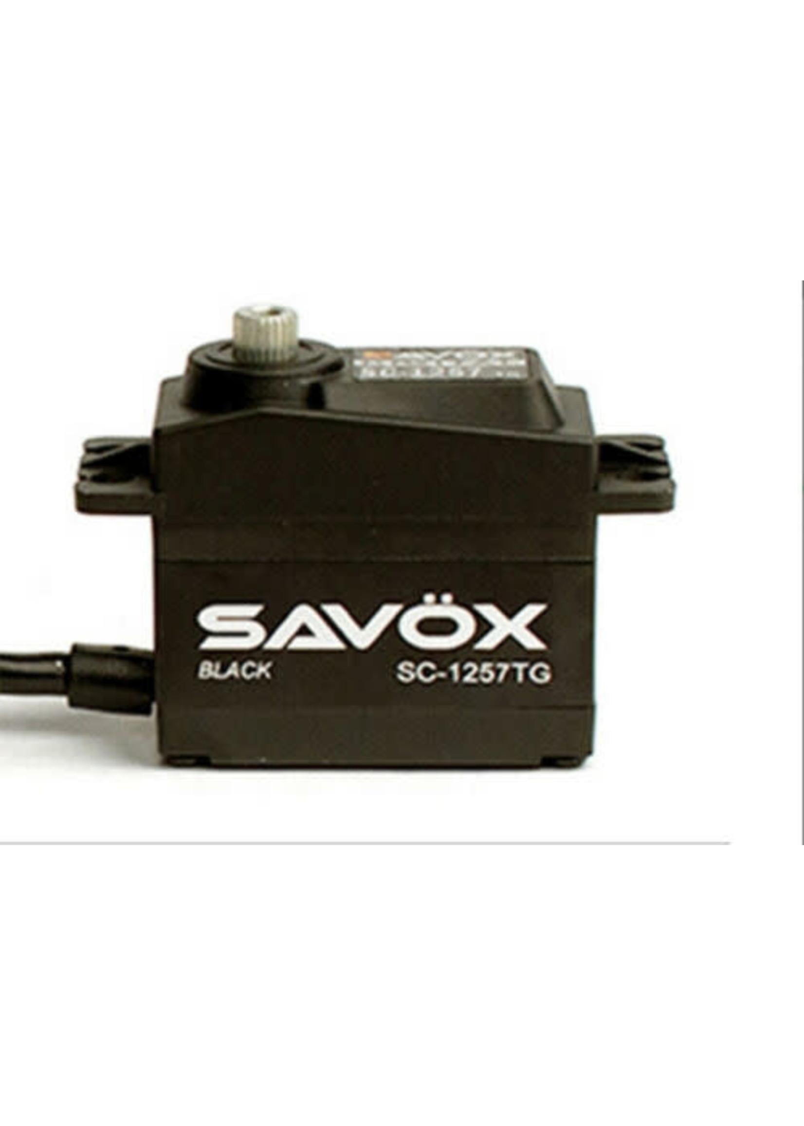 Savox SAVSC1257TG-BE Savox Black Edition Standard Size Coreless Digital Servo 0.07sec / 139oz @ 6V