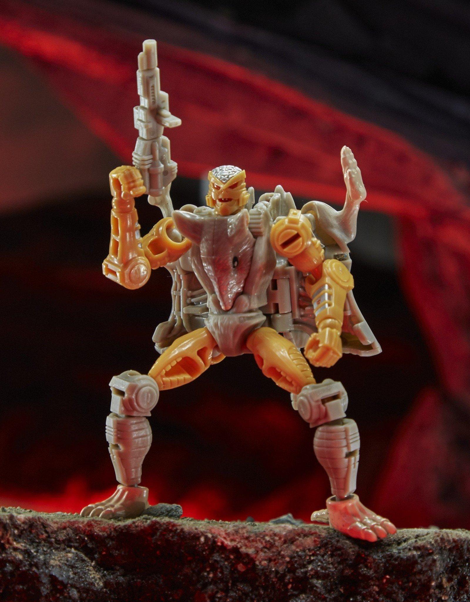 HASBRO Transformers Generations War for Cybertron: Kingdom Core Class WFC-K2 Rattrap