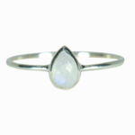 Puravida Moonstone ring size 7