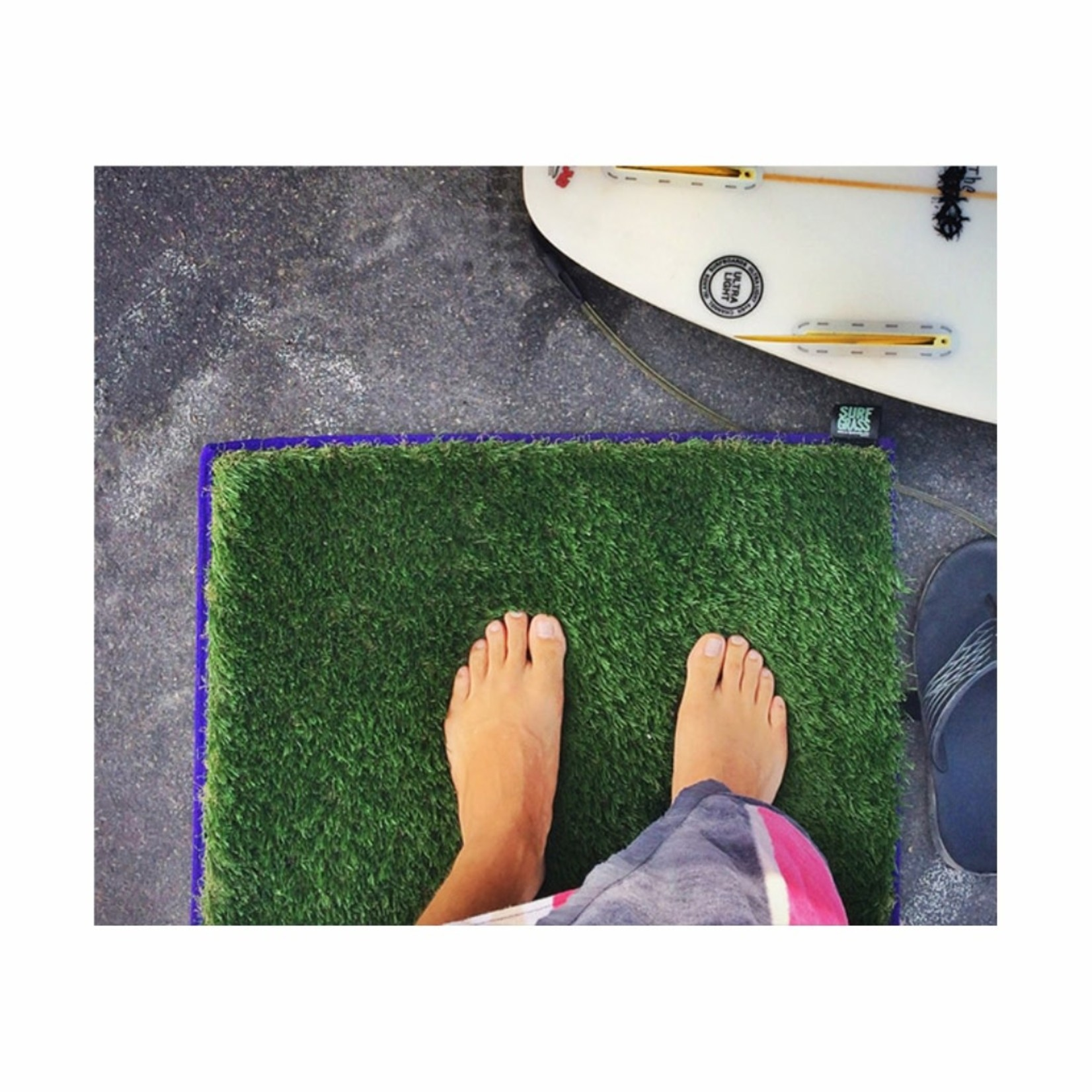 BLOCKSURF The Surf Grass Mat™ Change Mat