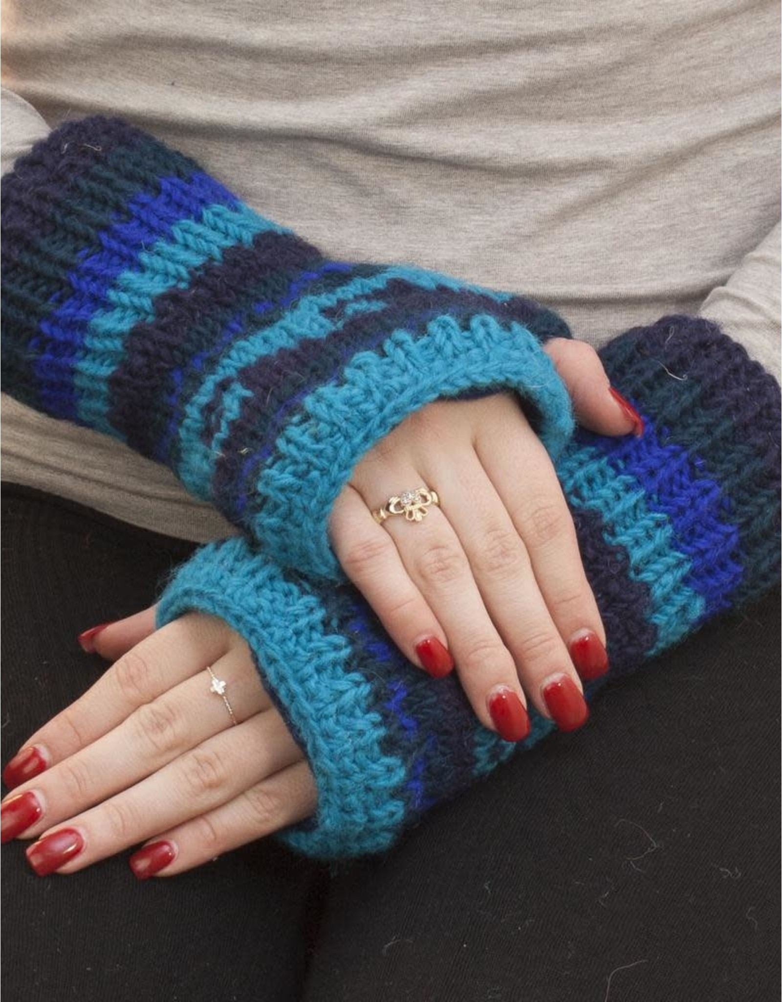 The Sweater Venture Snowfox Fleece Lined Wristlets