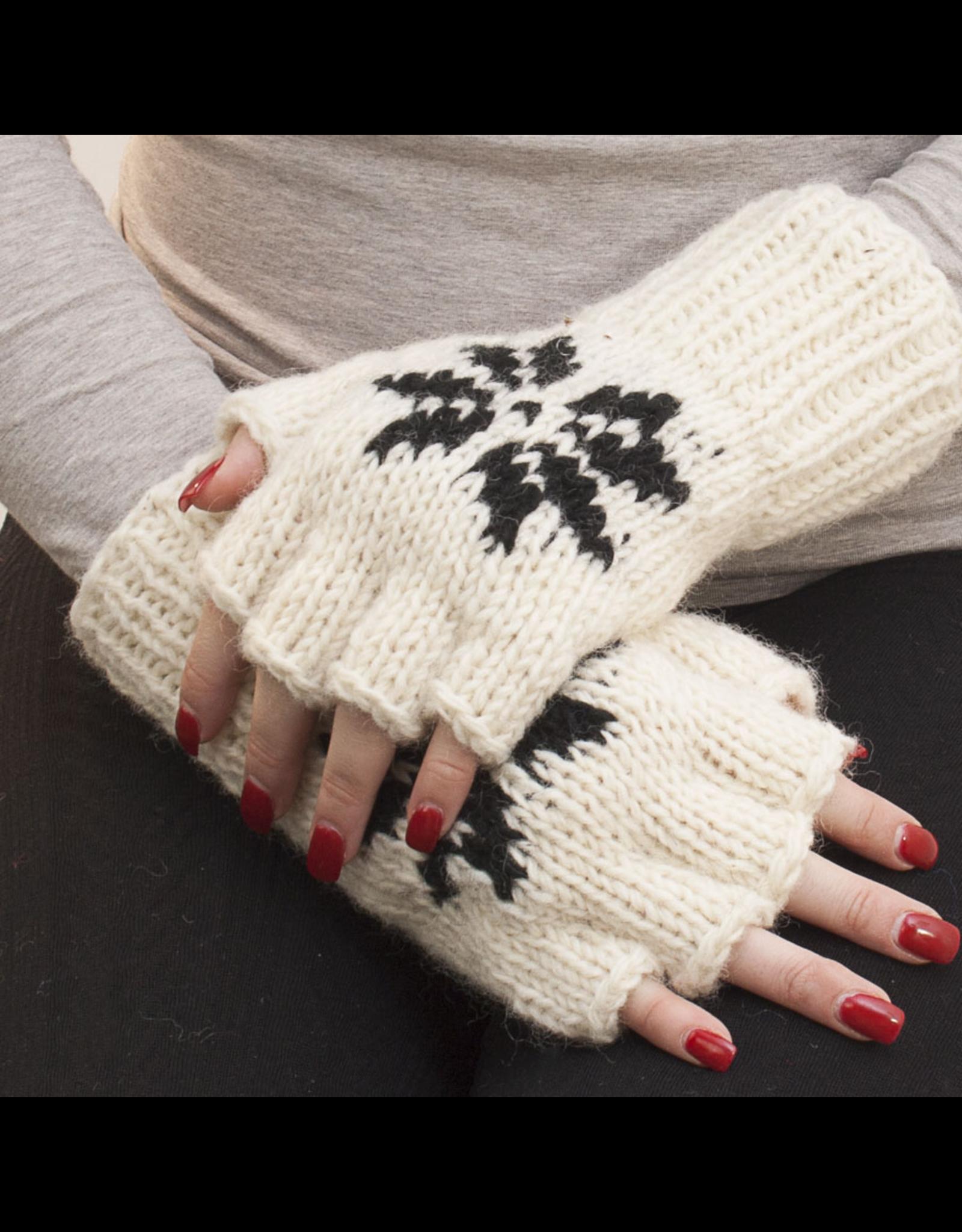 The Sweater Venture Snowfox Fingerless Gloves