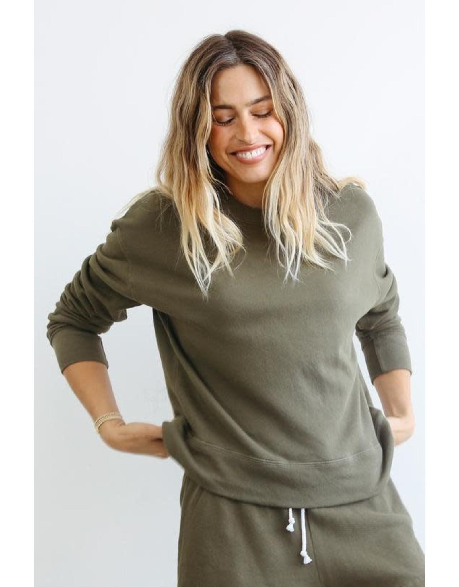 PeRFECT WHITE TEE PWT pullover sweatshirt