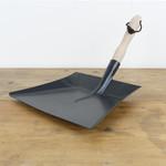 Metal Dustpan - black w/ wood handle
