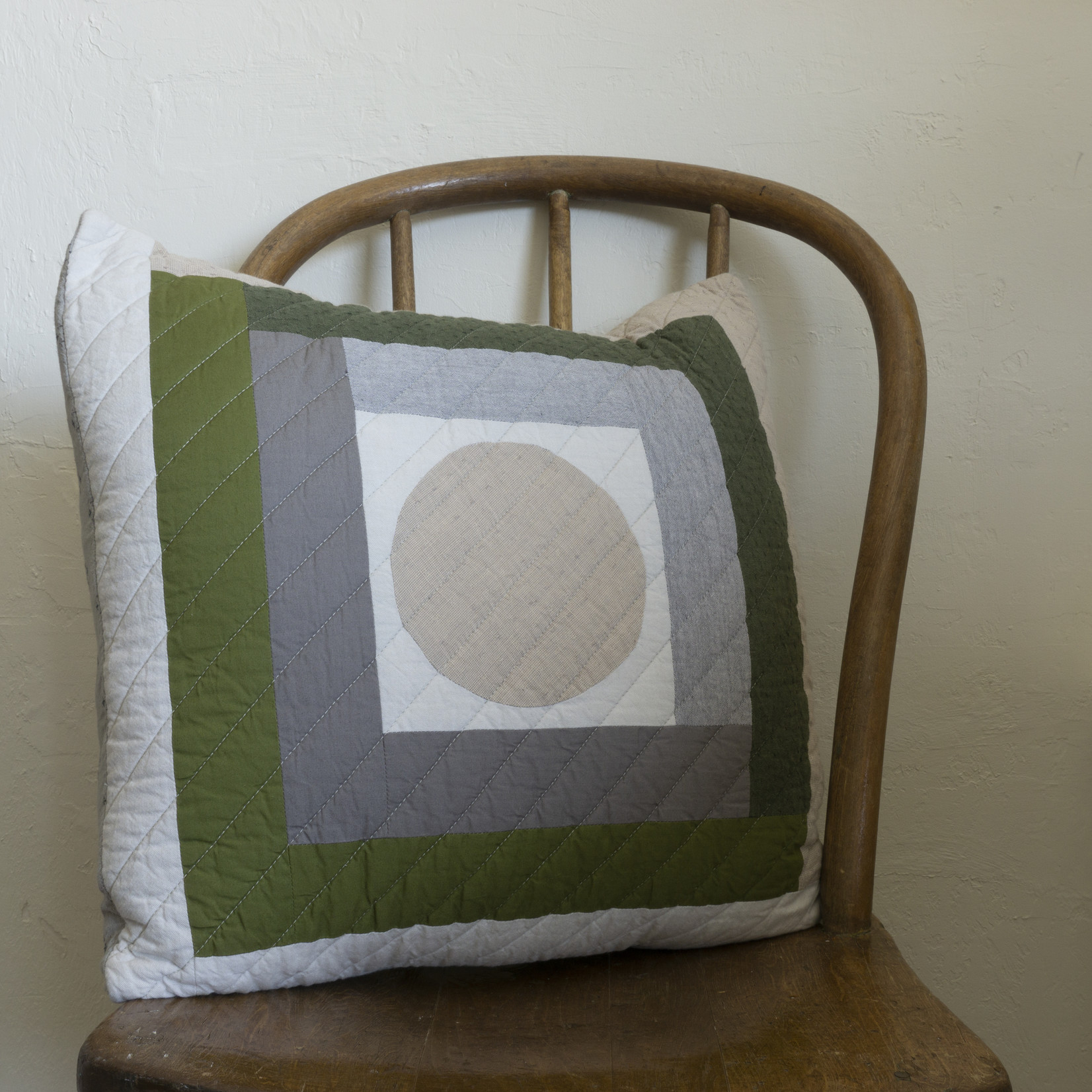 Patchwork Pillow Cover- circle version 4