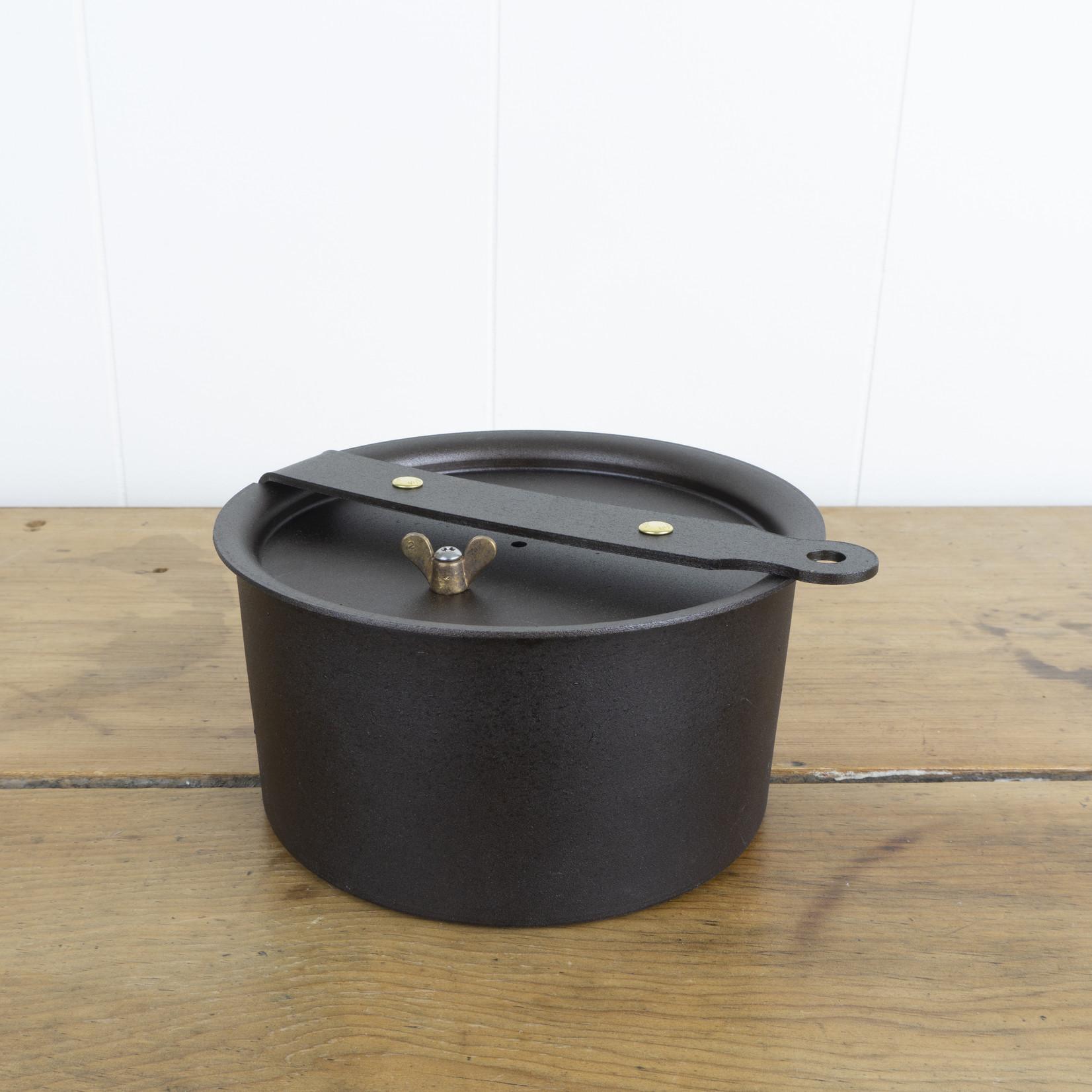 Hand-spun Iron Glamping Pot with lid