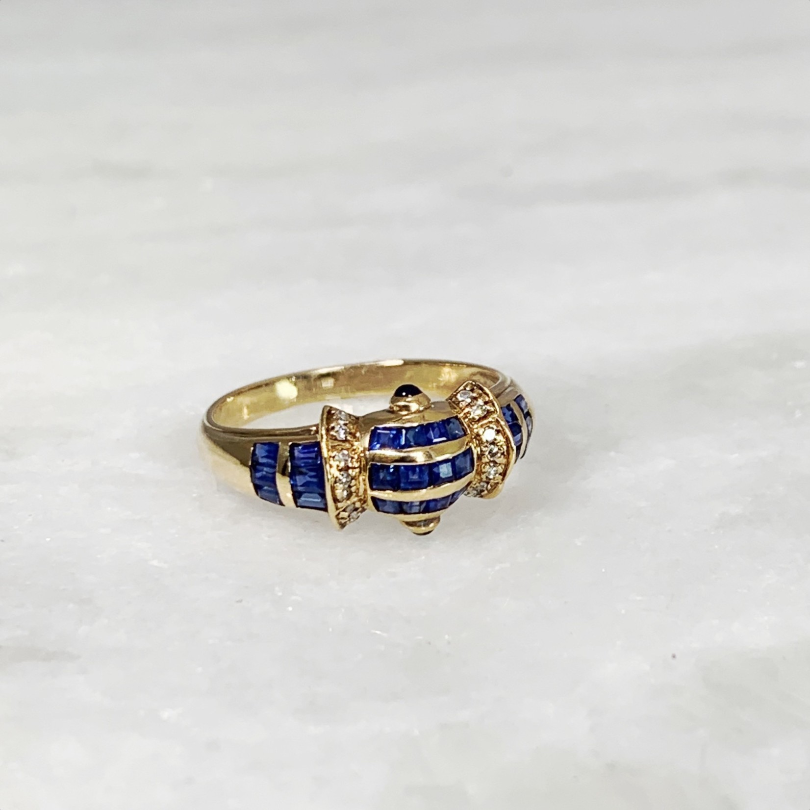 14KY Gold Sapphire 1CTW Invisible Set With Cabochons Diamond 0.06ctw Ring