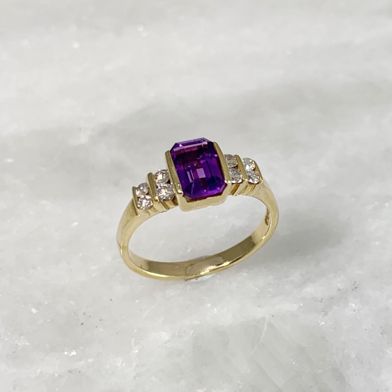 14KY Amethyst Rectangular Cut Diamond 0.25ctw Ring