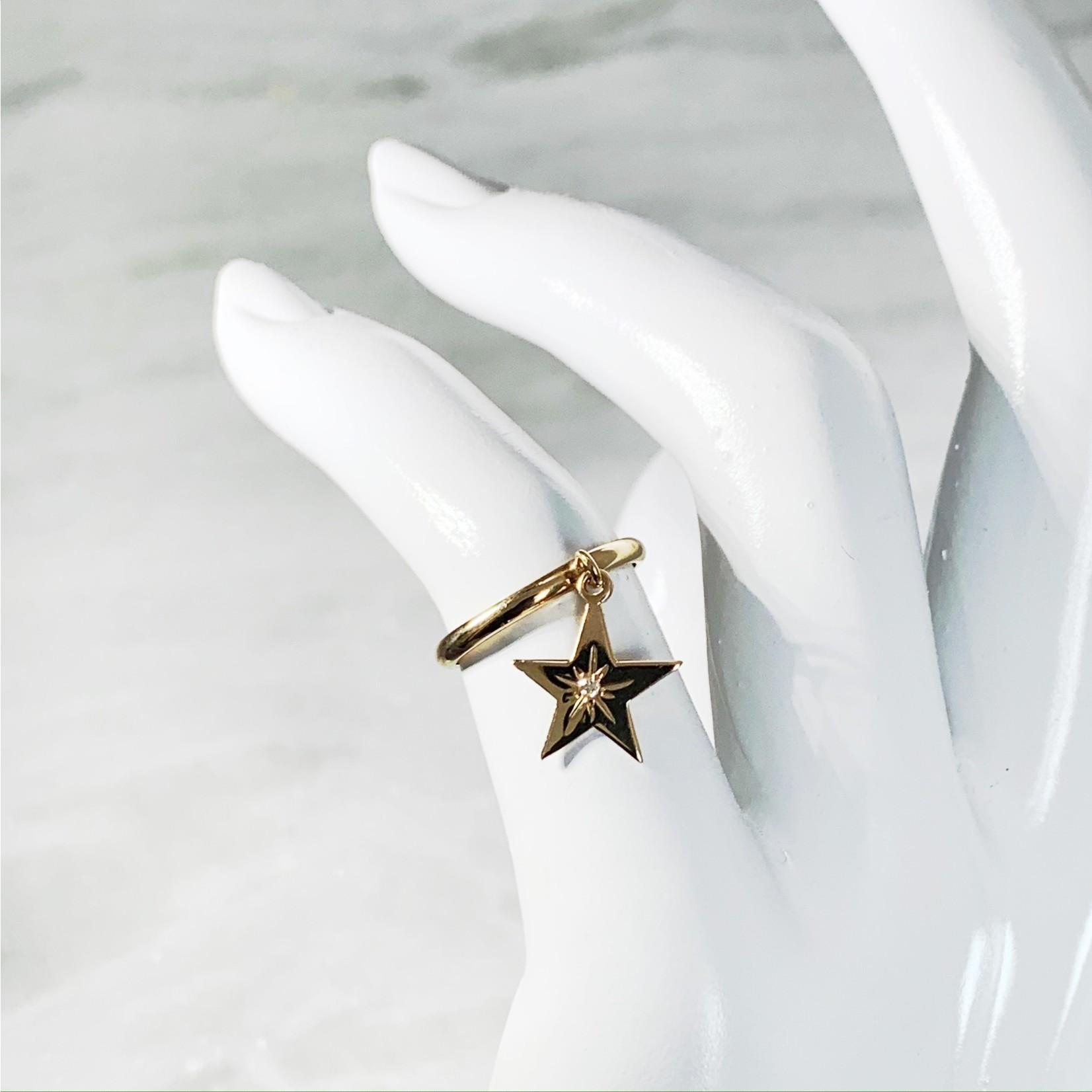 14KY Gold Diamond 0.02CTW Star Charm Ring