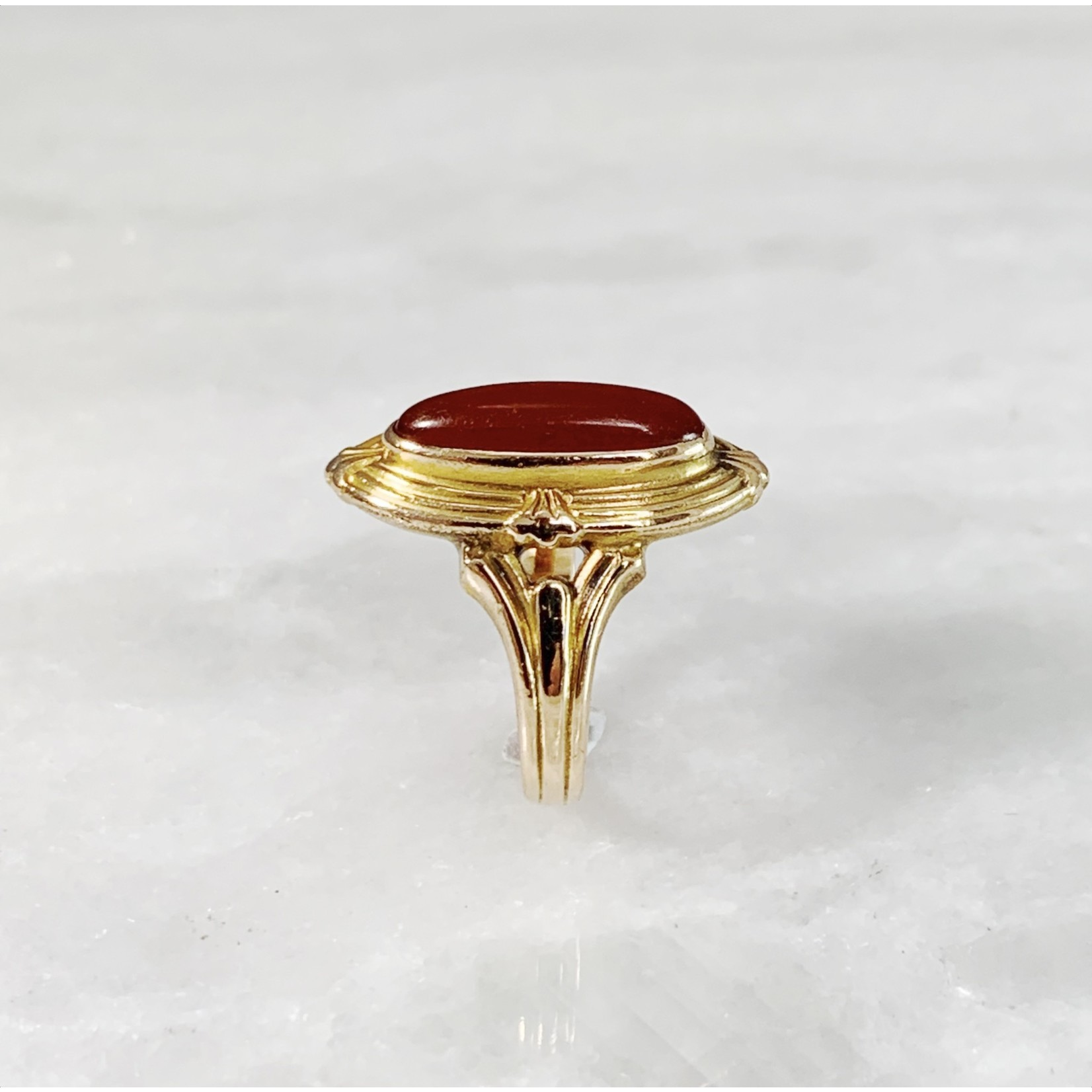 10KY Gold Carnelian Oval Ring