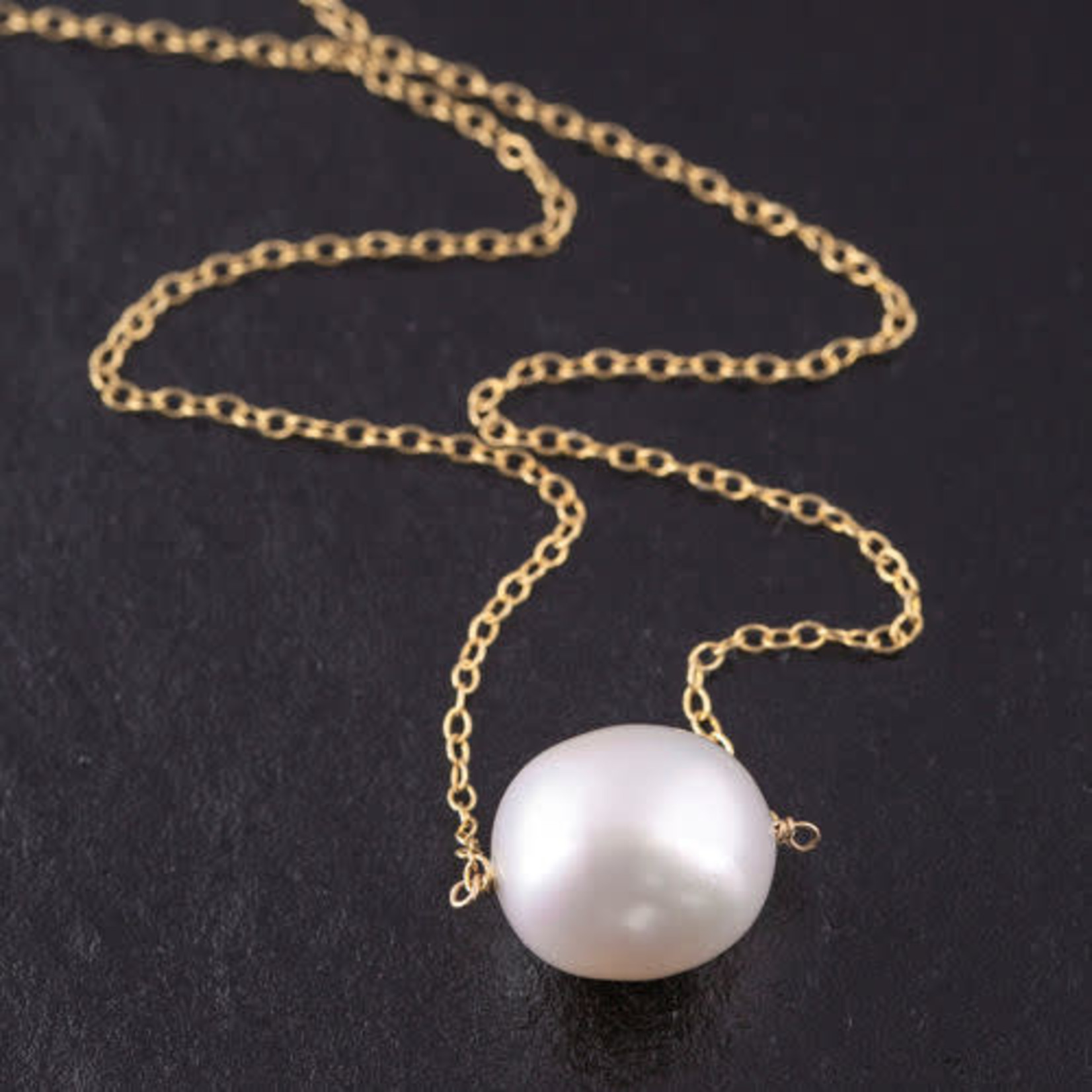 """18KY Gold South Sea 16mm Pearl On Chain Pendant 18"""""""