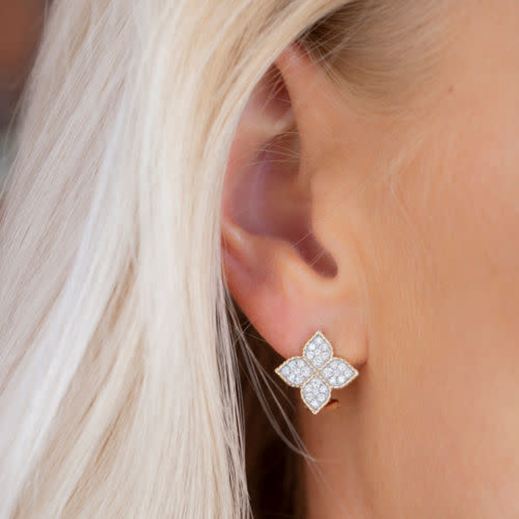 14KY Diamond Pave Clover Earrings