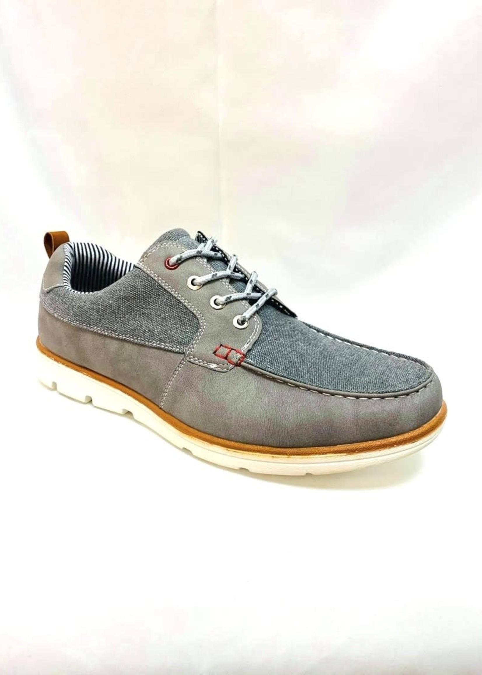 Troop Sneaker