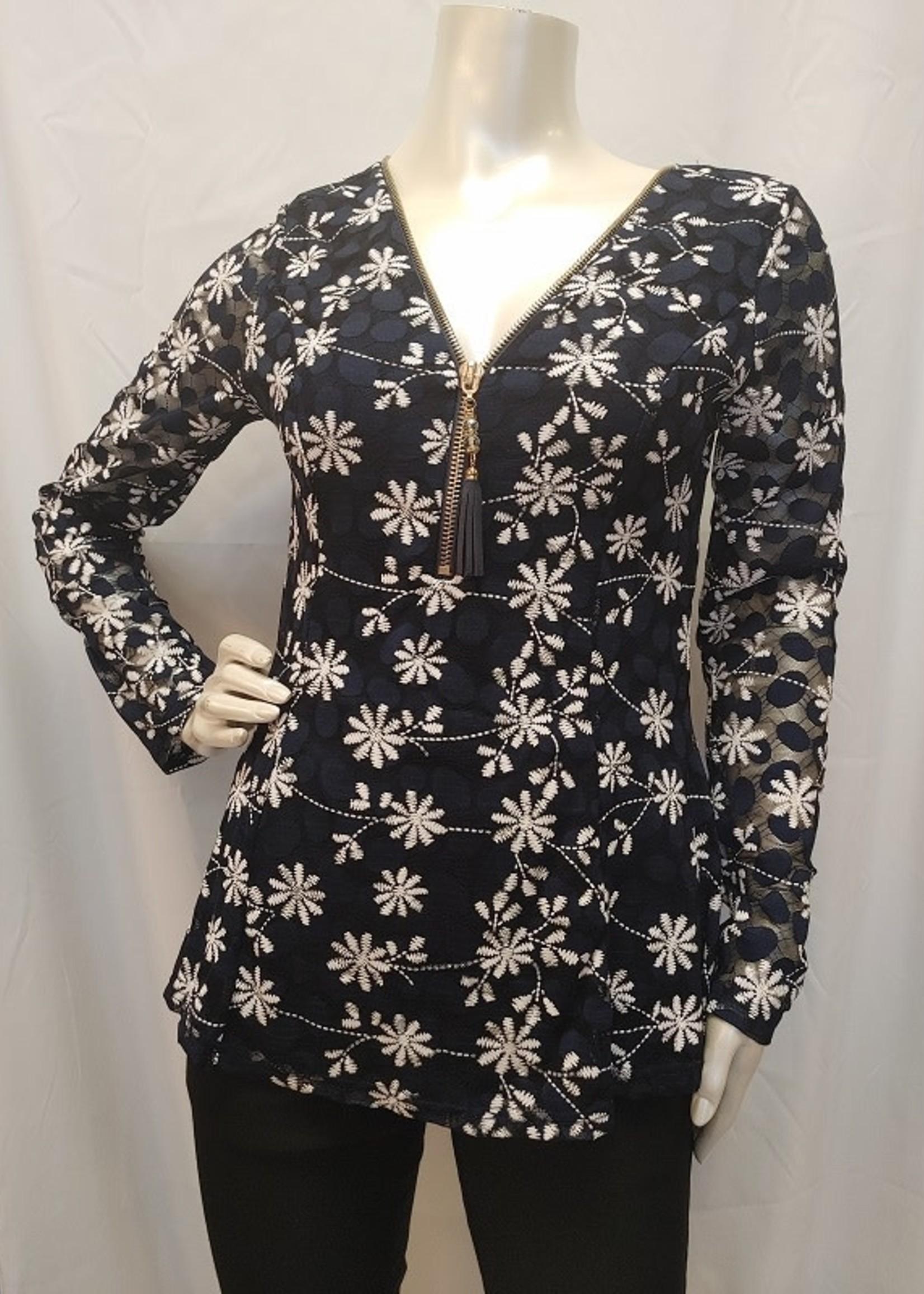 Papillon Long sleeve, 3/4 zip blouse