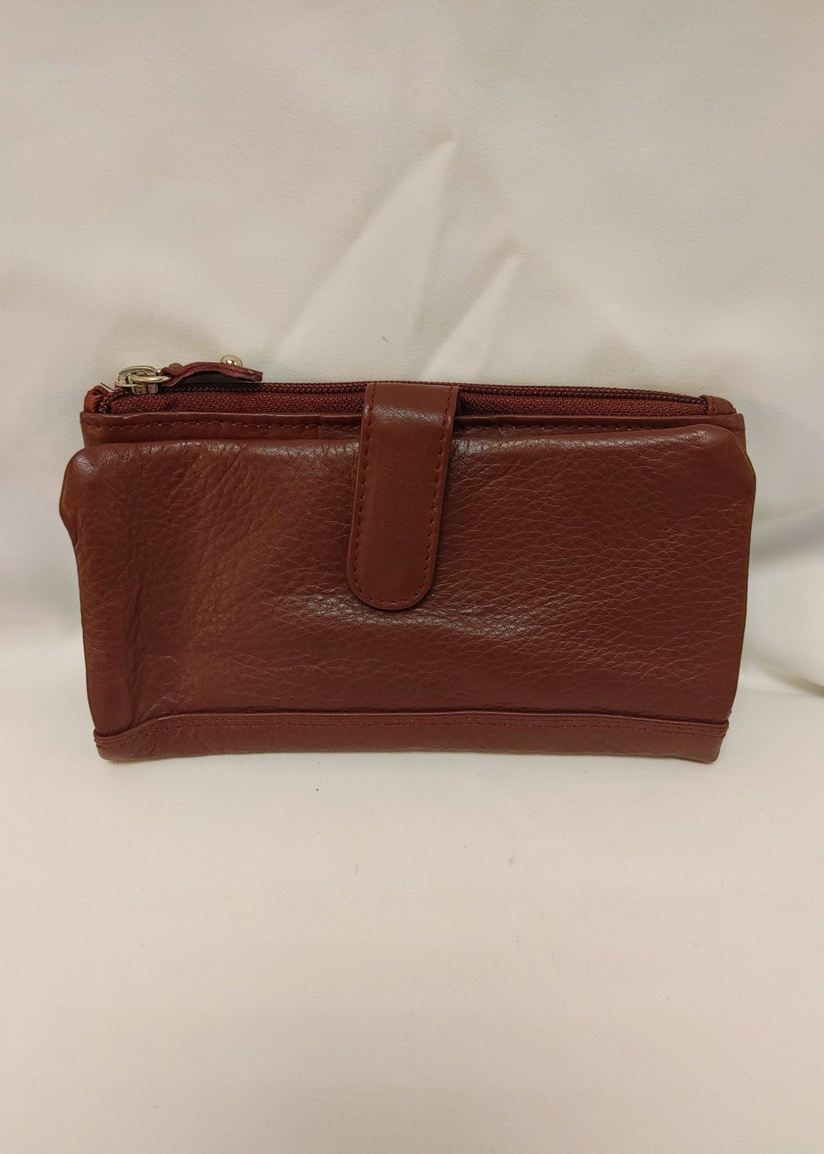 La Diva  leather wallet