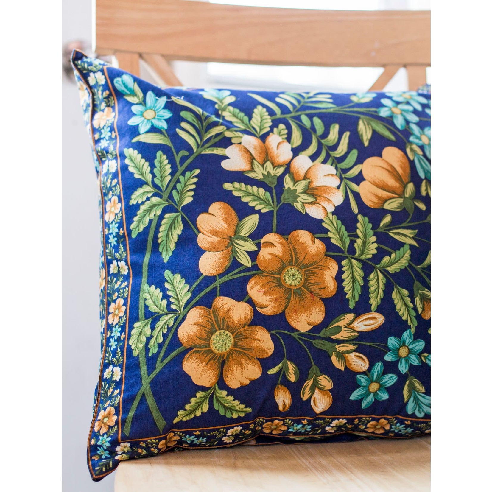 April Cornell Palais Cushion Cover - Navy W/filler