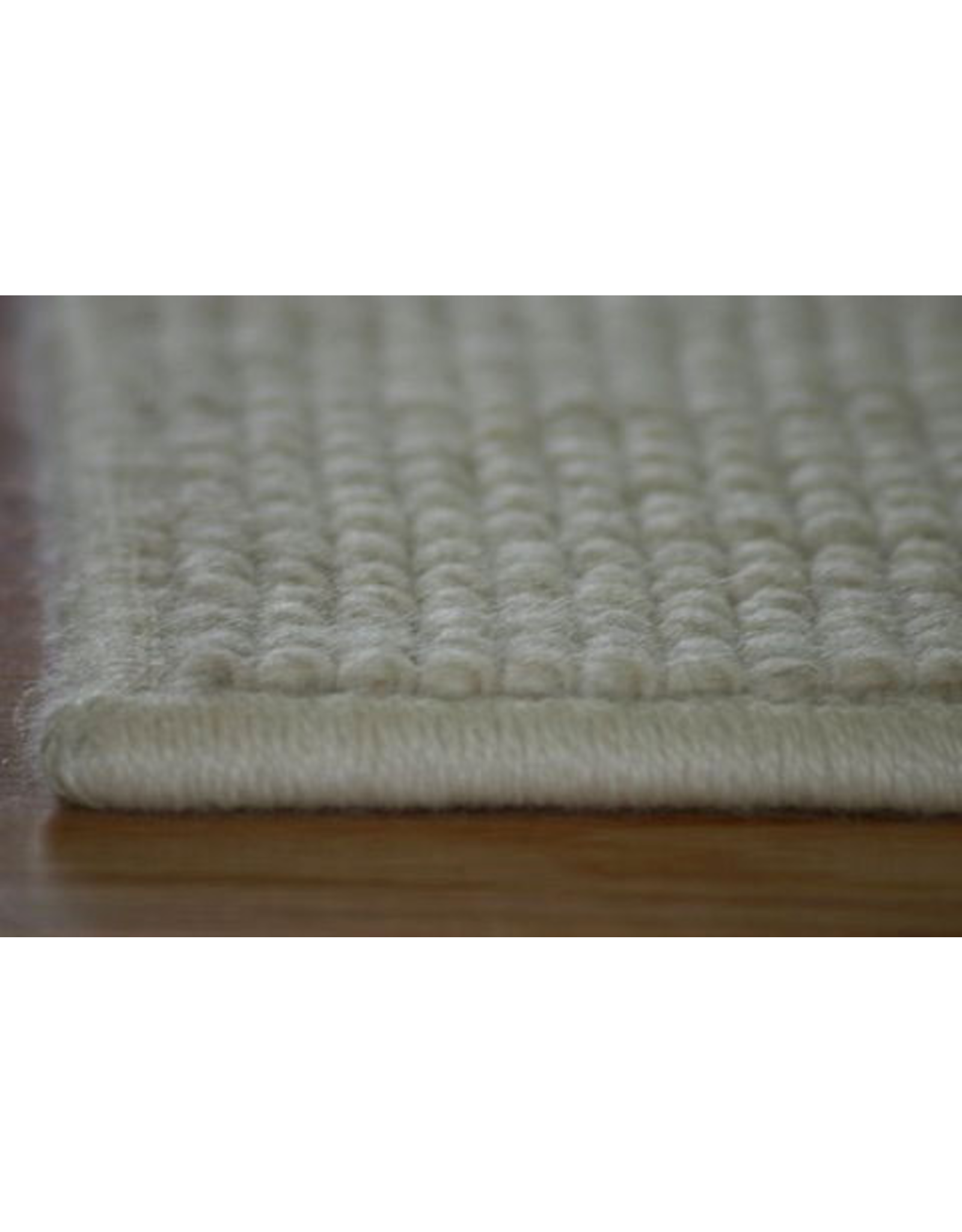 Carpet Labour Cut and Serged / Linear Ft.