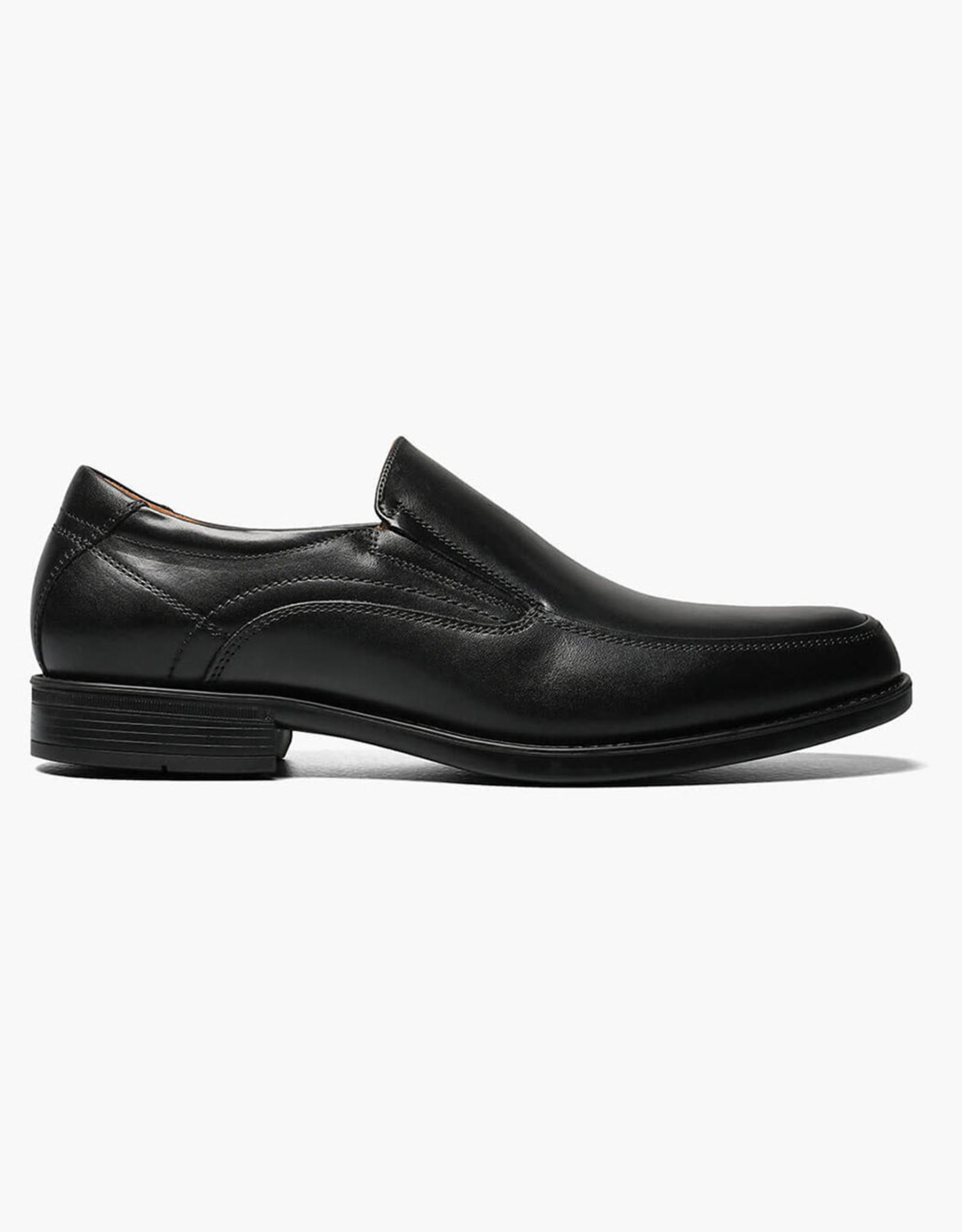WEYCO 12137/0013E Black Slipon  Reg $165 Size 10
