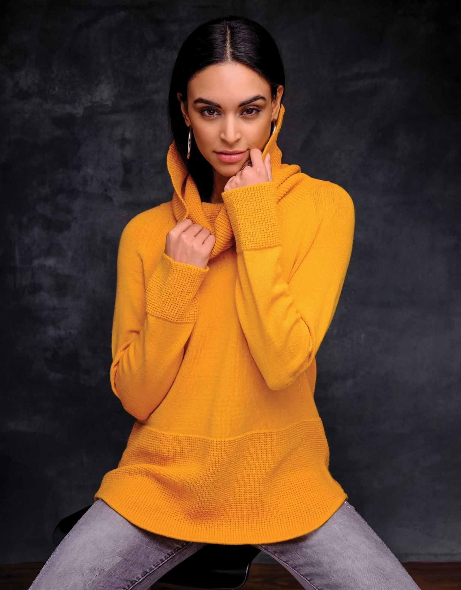 ESINC EW27063 Gold Cowl Sweater