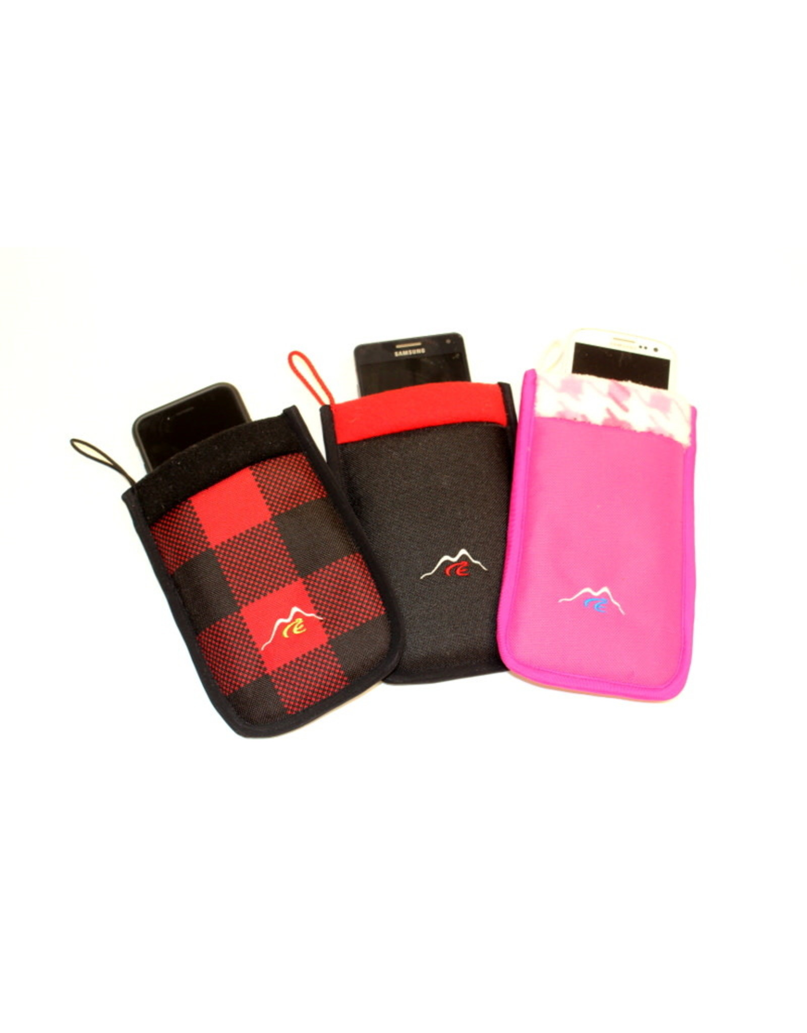 CeUnik Cellphone pouch isolated CeUnik winter checkered