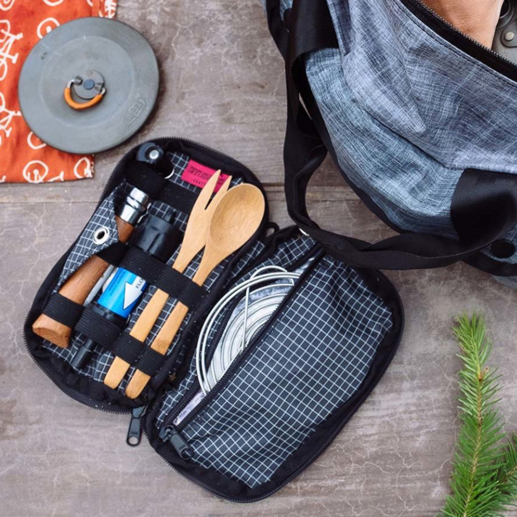 Swift Industries Swift Industries Seeker Travel Kit