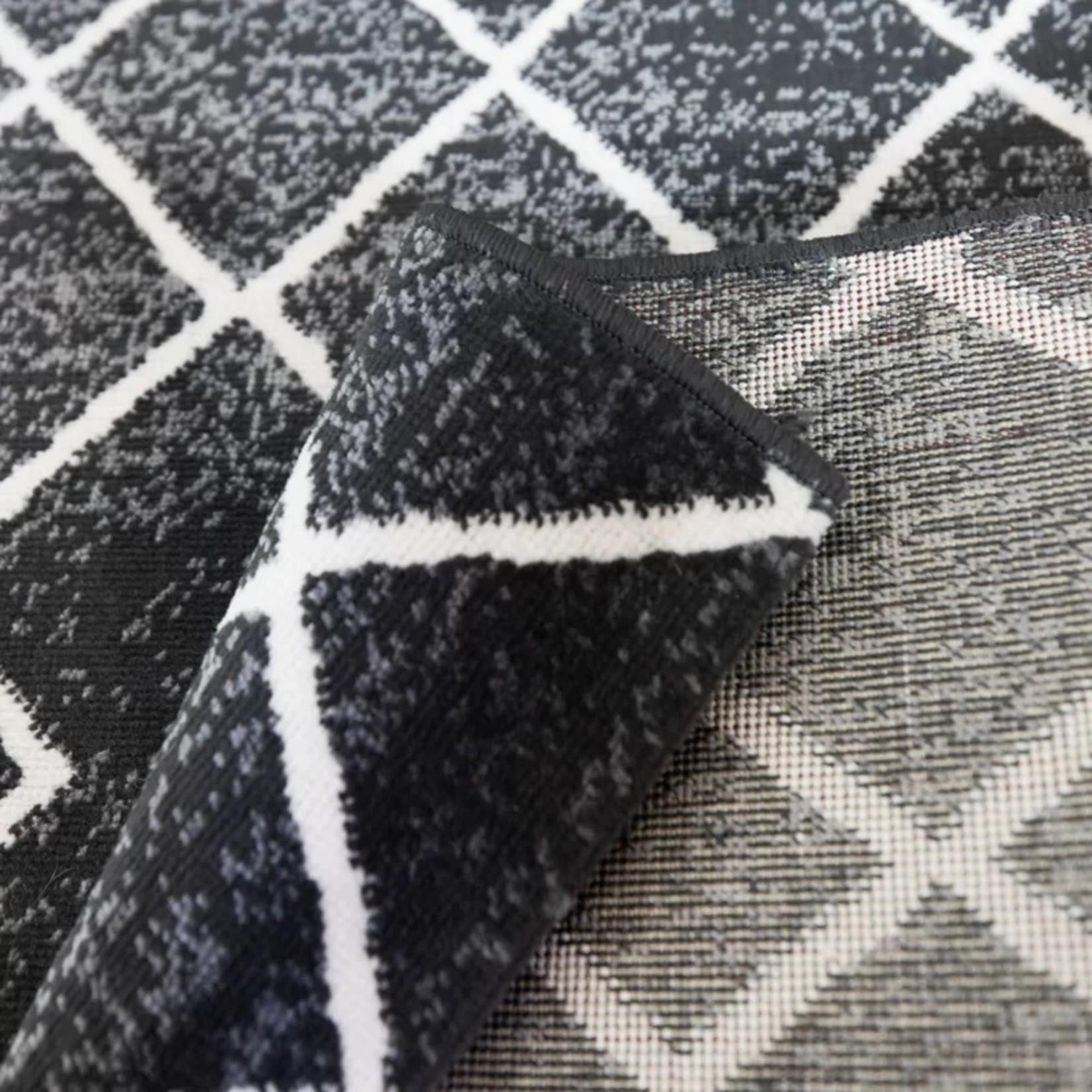 *5' x 7'2 - Ariton Geometric Black Indoor/Outdoor Area Rug