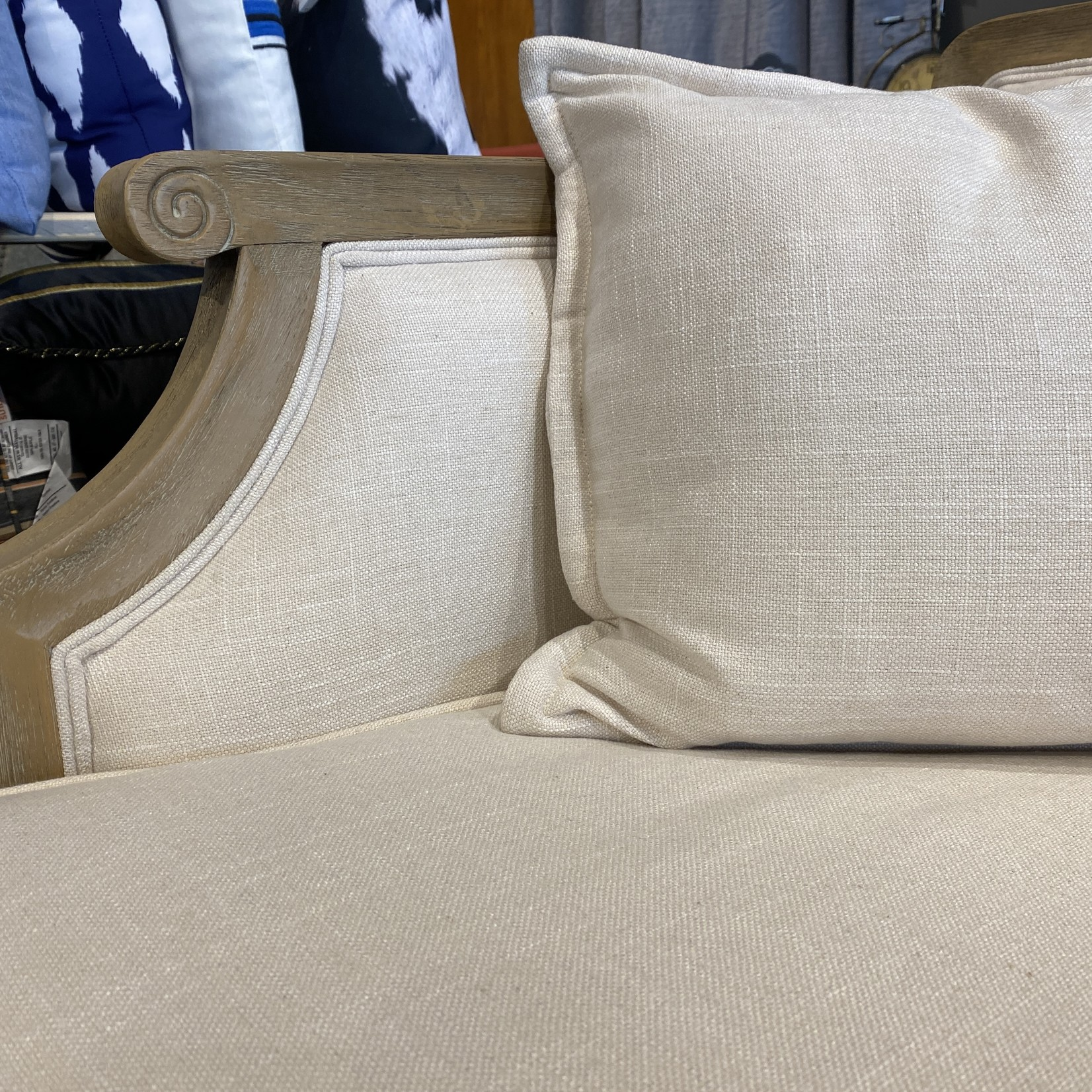 Sofa Oak Trim w/ 2 Cushions (Cream)