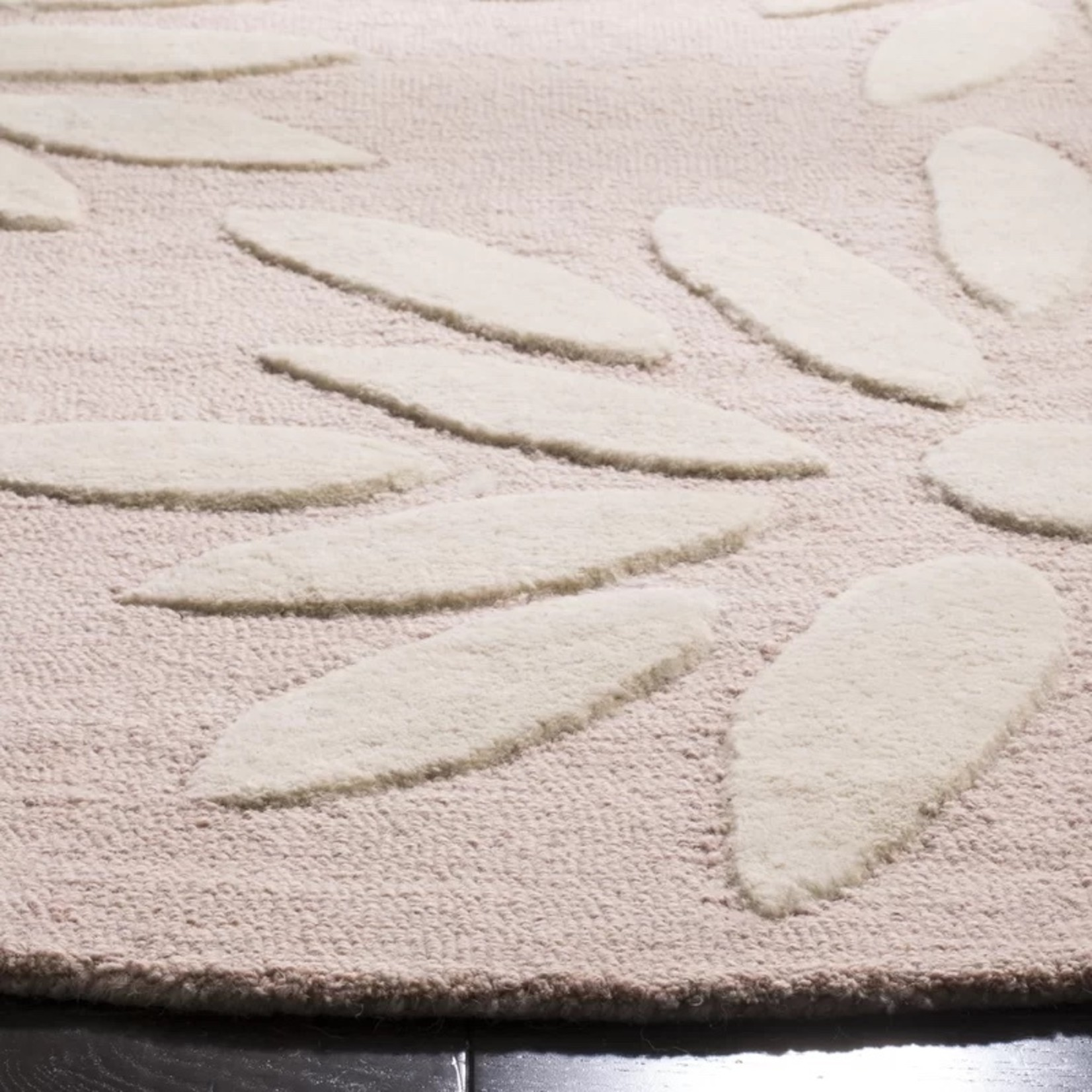 * 5' Round - Claro Floral Handmade Tufted Wool Pink/Ivory Area Rug