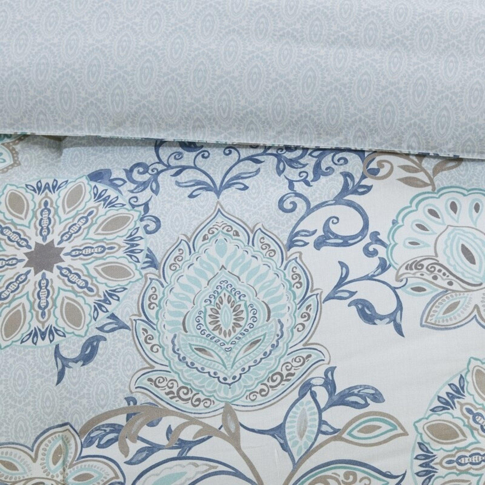 *King - Kinsley Reversible Floral 8 Piece Comforter Set - Final Sale
