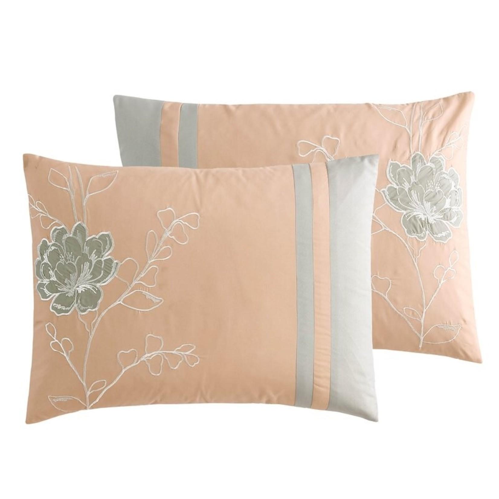 *Queen - Bryen Comforter Set - Final Sale
