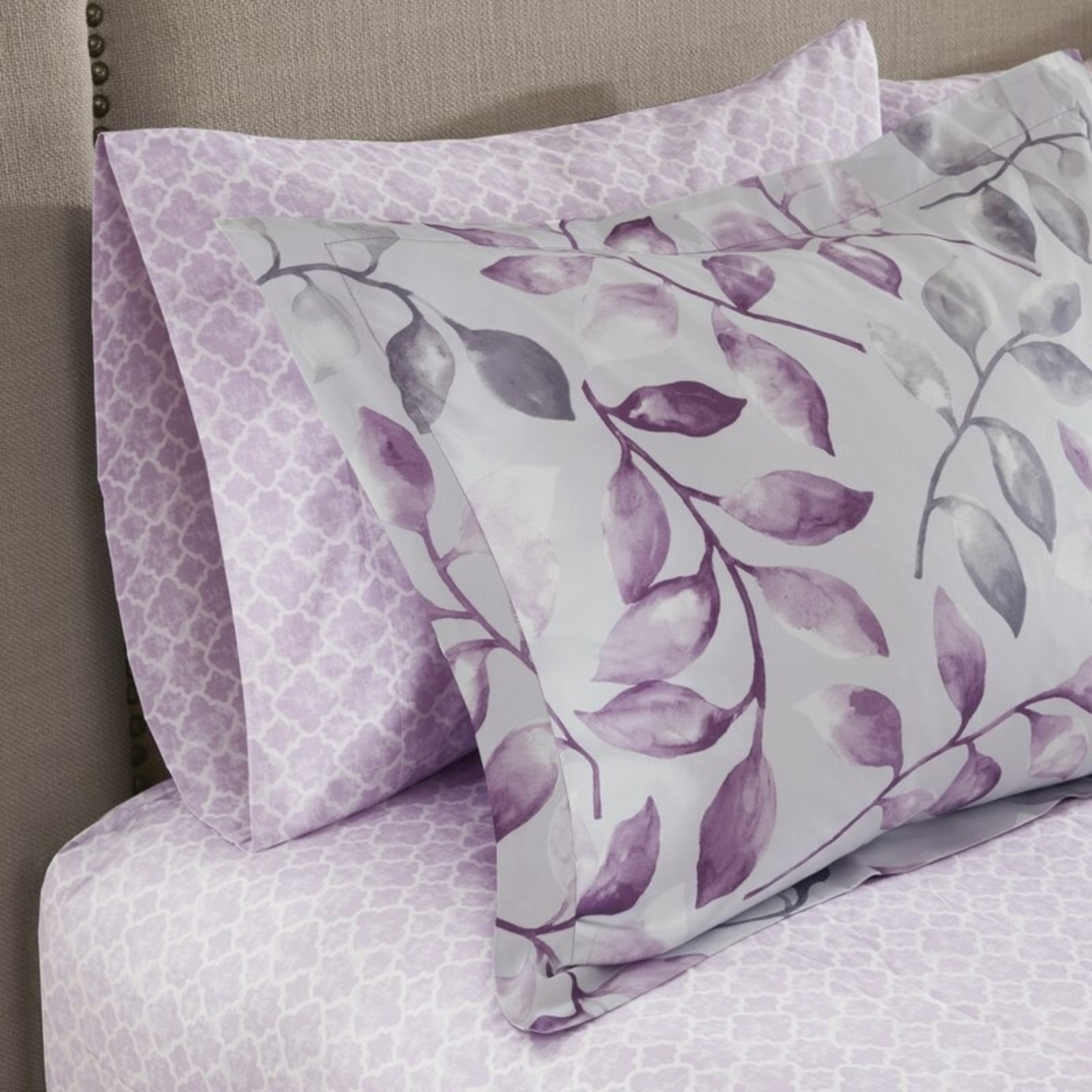 *Cal King - Skiles Reversible Floral 7 Piece Comforter Bed-in-a-bag - Final Sale