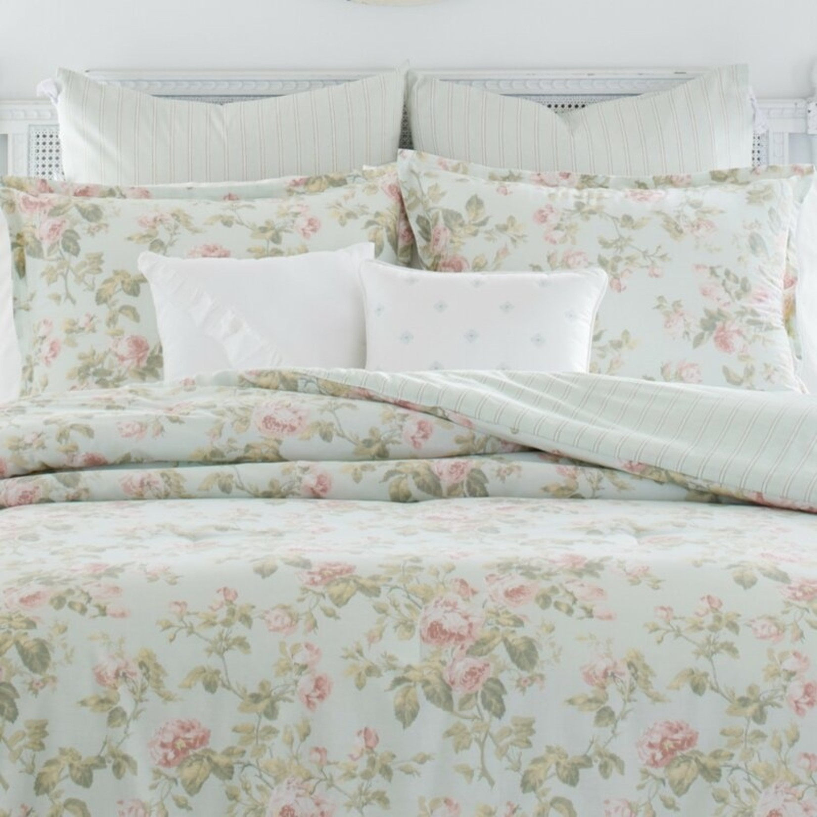 *Twin - Madelynn Cotton Reversible Comforter Set - Final Sale