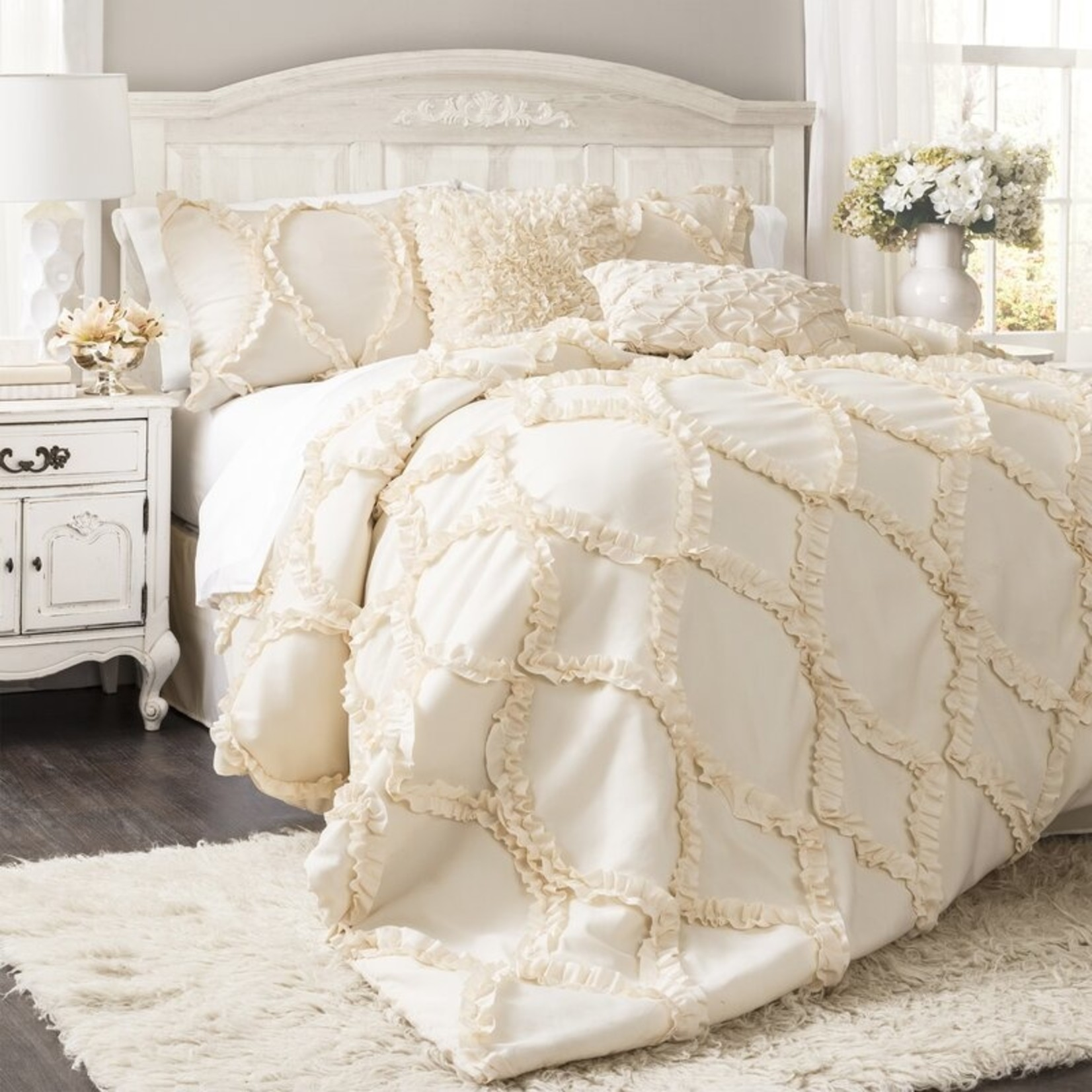 *Queen - Erion 3 Piece Comforter Set - Ivory - Final Sale